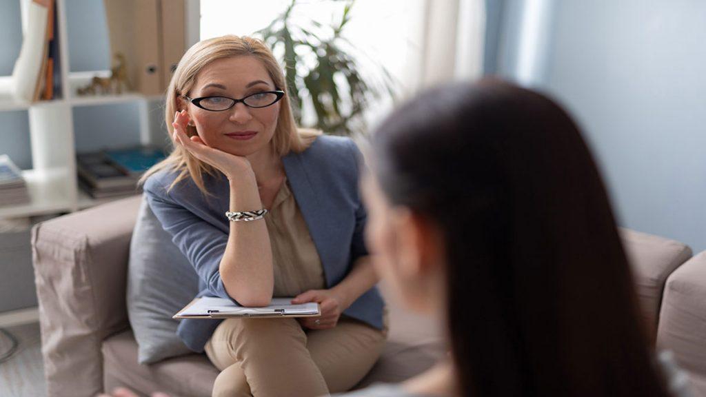 متخصص اعصاب و روان ( روانپزشک ) در شیراز